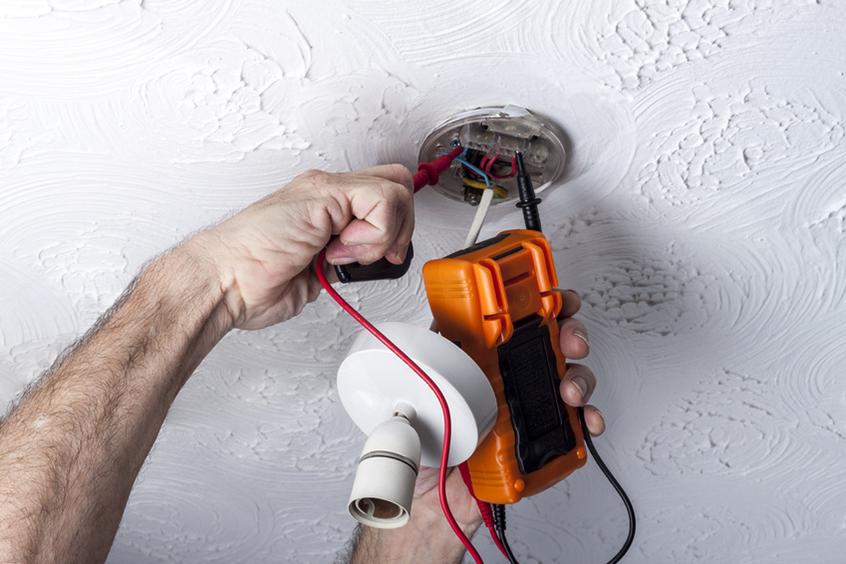 Elinag Elektroinstallationen Kommunikationsanlagen Leistungen